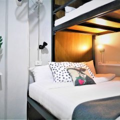 Ploen Bangkok Hostel Khaosan комната для гостей