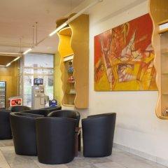 Отель A&O Prague Rhea интерьер отеля фото 3