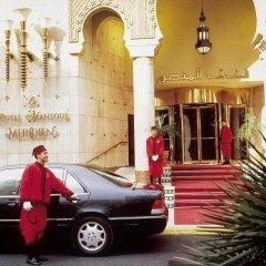 Le Royal Mansour Hotel парковка