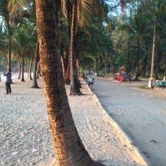 Surin Sunset Hotel пляж