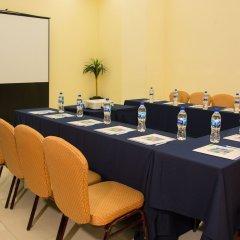 Отель Holiday Inn Express And Suites Mexico City At The Wtc Мехико помещение для мероприятий