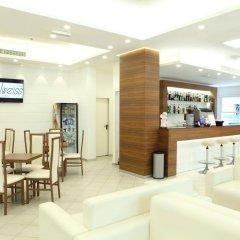 Отель Edelweiss Италия, Риччоне - отзывы, цены и фото номеров - забронировать отель Edelweiss онлайн гостиничный бар