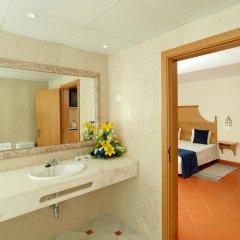 Отель The New California Hotel - Adults Only Португалия, Албуфейра - отзывы, цены и фото номеров - забронировать отель The New California Hotel - Adults Only онлайн ванная