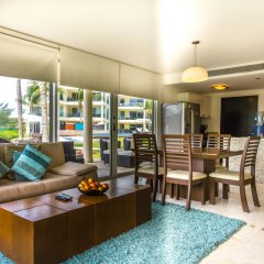 The Elements Oceanfront & Beachside Condo Hotel Плая-дель-Кармен комната для гостей фото 5