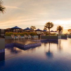 Отель Best Western Patong Beach бассейн