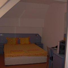 Hotel Ines Поморие комната для гостей