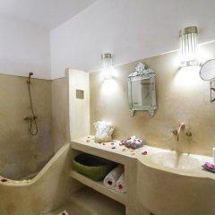 Отель Riad Les Oudayas Марокко, Фес - отзывы, цены и фото номеров - забронировать отель Riad Les Oudayas онлайн ванная