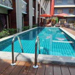 Отель P.Chaweng Guest House Самуи бассейн