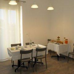 Отель Della Torre Rooms Лечче питание фото 2