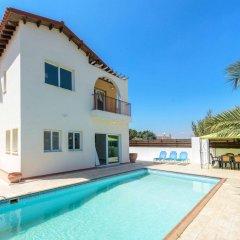Отель Chronos Villa Кипр, Протарас - отзывы, цены и фото номеров - забронировать отель Chronos Villa онлайн бассейн