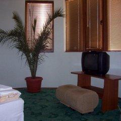 Отель Fenerite Family Hotel Болгария, Тырговиште - отзывы, цены и фото номеров - забронировать отель Fenerite Family Hotel онлайн интерьер отеля фото 2