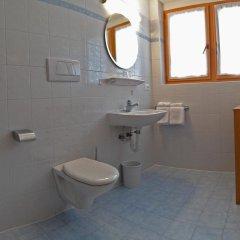 Отель Pension Weihergut Италия, Чермес - отзывы, цены и фото номеров - забронировать отель Pension Weihergut онлайн ванная
