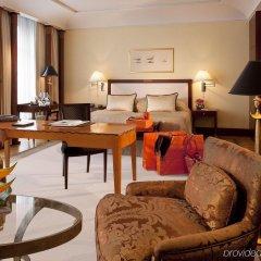Отель Adlon Kempinski Германия, Берлин - 5 отзывов об отеле, цены и фото номеров - забронировать отель Adlon Kempinski онлайн комната для гостей фото 2