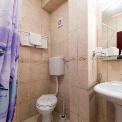 Отель Garni Hotel Villa Family Сербия, Белград - отзывы, цены и фото номеров - забронировать отель Garni Hotel Villa Family онлайн ванная