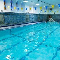 Отель West Side YMCA бассейн фото 3