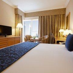 Отель Crowne Plaza Dubai удобства в номере