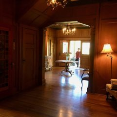 Отель Prior Castle Inn Канада, Виктория - отзывы, цены и фото номеров - забронировать отель Prior Castle Inn онлайн интерьер отеля фото 2