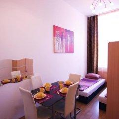 Отель Raisa Apartments Lerchenfelder Gürtel 30 Австрия, Вена - отзывы, цены и фото номеров - забронировать отель Raisa Apartments Lerchenfelder Gürtel 30 онлайн комната для гостей фото 5