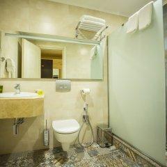 Отель Colosseum Marina Hotel Грузия, Батуми - отзывы, цены и фото номеров - забронировать отель Colosseum Marina Hotel онлайн ванная фото 2