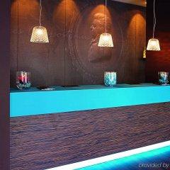 Отель Motel One Salzburg-Mirabell Австрия, Зальцбург - 1 отзыв об отеле, цены и фото номеров - забронировать отель Motel One Salzburg-Mirabell онлайн интерьер отеля
