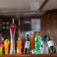Отель Dream Voyager Мале гостиничный бар
