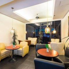 Отель Admiral Suites Sukhumvit 22 By Compass Hospitality Бангкок интерьер отеля фото 2