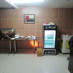 Отель Airport Hotel Venus Индия, Нью-Дели - отзывы, цены и фото номеров - забронировать отель Airport Hotel Venus онлайн питание фото 2