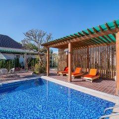 Отель Royal Airstrip Hotel Мьянма, Хехо - отзывы, цены и фото номеров - забронировать отель Royal Airstrip Hotel онлайн бассейн
