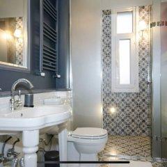 Stylish Triplex House Balat Турция, Стамбул - отзывы, цены и фото номеров - забронировать отель Stylish Triplex House Balat онлайн ванная