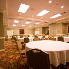 Отель Vicksburg Inn & Suites