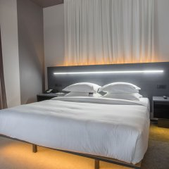 Отель Four Elements Hotels Ekaterinburg Екатеринбург комната для гостей фото 4