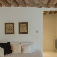 Отель Ve.N.I.Ce. Cera Casa Del Giglio комната для гостей фото 3