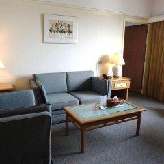 The Dynasty Hotel комната для гостей