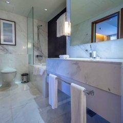Отель MaisonPrive Holiday Homes - Address Dubai Mall Дубай ванная