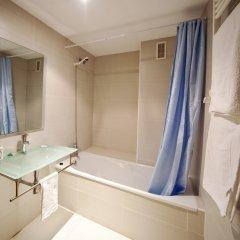Отель Realrent Marina Real (ex. Realrent Avenida Del Puerto) Валенсия ванная фото 2