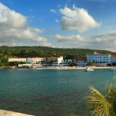 Отель Couples Tower Isle All Inclusive пляж