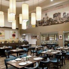 Отель Doubletree by Hilton Los Angeles Downtown США, Лос-Анджелес - 8 отзывов об отеле, цены и фото номеров - забронировать отель Doubletree by Hilton Los Angeles Downtown онлайн питание фото 2