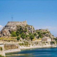 Отель Charming Venetian Town House in the Old Town of Corfu пляж