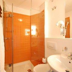 Отель Arte Luise Kunsthotel Германия, Берлин - 3 отзыва об отеле, цены и фото номеров - забронировать отель Arte Luise Kunsthotel онлайн ванная фото 2