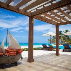 Отель Coral House by CanaBay Hotels пляж