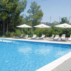 Отель Inout бассейн