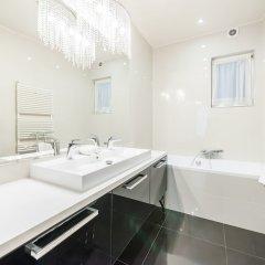 Отель Oasis Apartments - Liberty Bridge Венгрия, Будапешт - отзывы, цены и фото номеров - забронировать отель Oasis Apartments - Liberty Bridge онлайн ванная