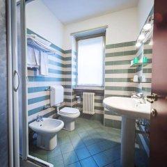 Отель Roma Италия, Аоста - отзывы, цены и фото номеров - забронировать отель Roma онлайн ванная фото 2