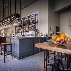 Отель Park Plaza Victoria London гостиничный бар