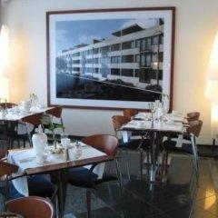 Отель Avidon Art & Design Hotel Германия, Дюссельдорф - отзывы, цены и фото номеров - забронировать отель Avidon Art & Design Hotel онлайн питание фото 2