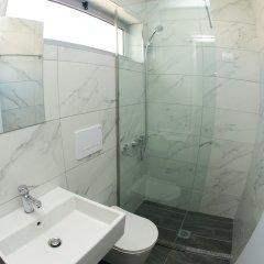 Отель Piramida Албания, Ксамил - отзывы, цены и фото номеров - забронировать отель Piramida онлайн ванная фото 2