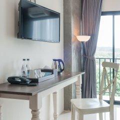 Отель The Sixteenth Naiyang Beach пляж Май Кхао удобства в номере фото 2