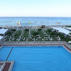 Iliada Beach Hotel бассейн