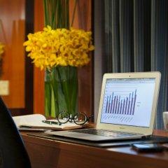 Отель Royal Plaza On Scotts Сингапур, Сингапур - отзывы, цены и фото номеров - забронировать отель Royal Plaza On Scotts онлайн интерьер отеля фото 3