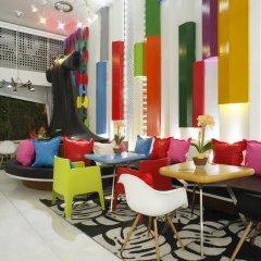 Отель The Color Kata Таиланд, пляж Ката - 1 отзыв об отеле, цены и фото номеров - забронировать отель The Color Kata онлайн гостиничный бар